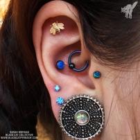 caras-ear